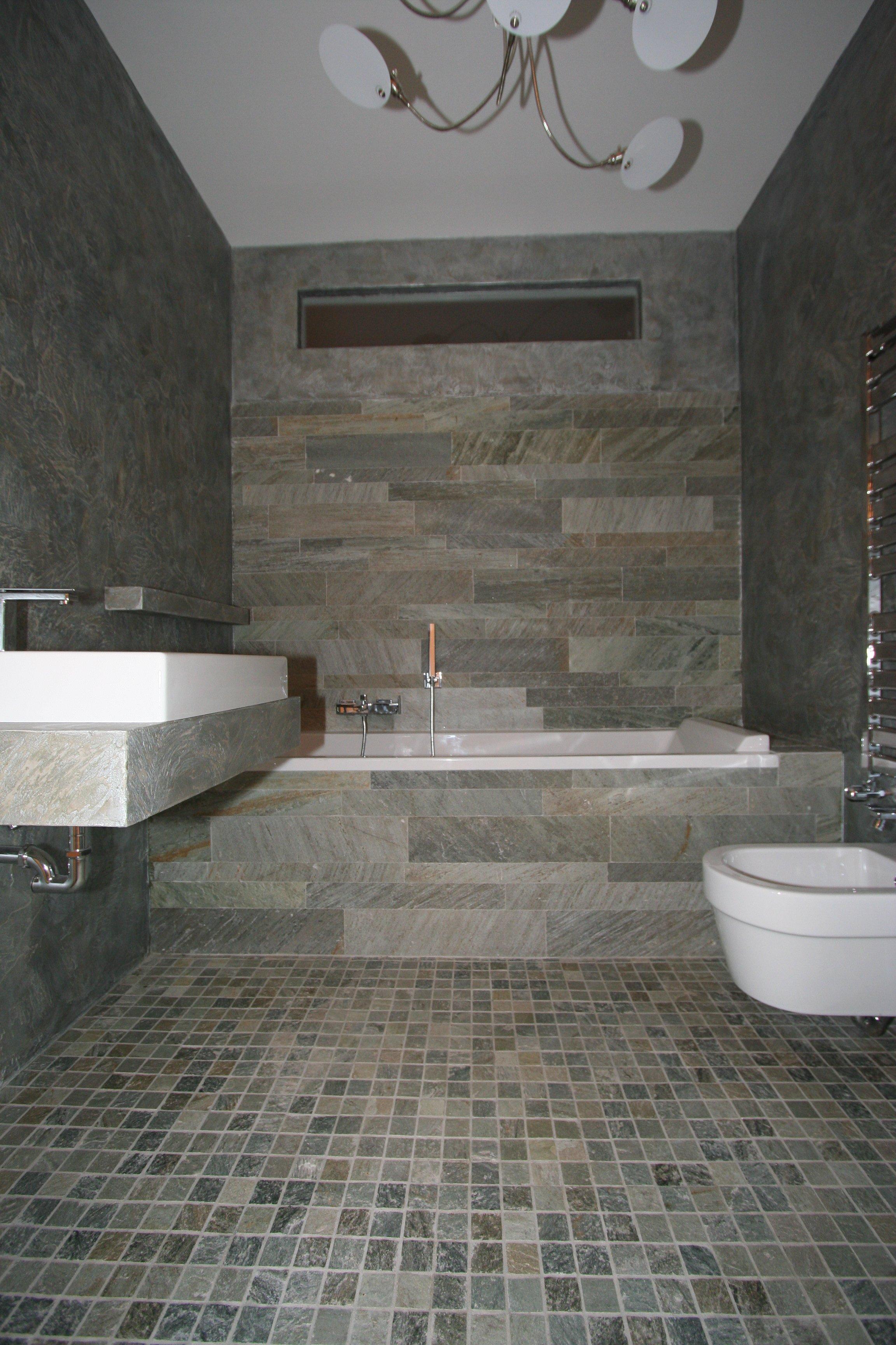 Image: Bagno 2 foto 6 pavimento in mosaico da 5