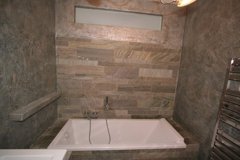 Image bagno 2 foto 3 vasca acrilica perfetamente - Vasca da bagno rivestita in pietra ...