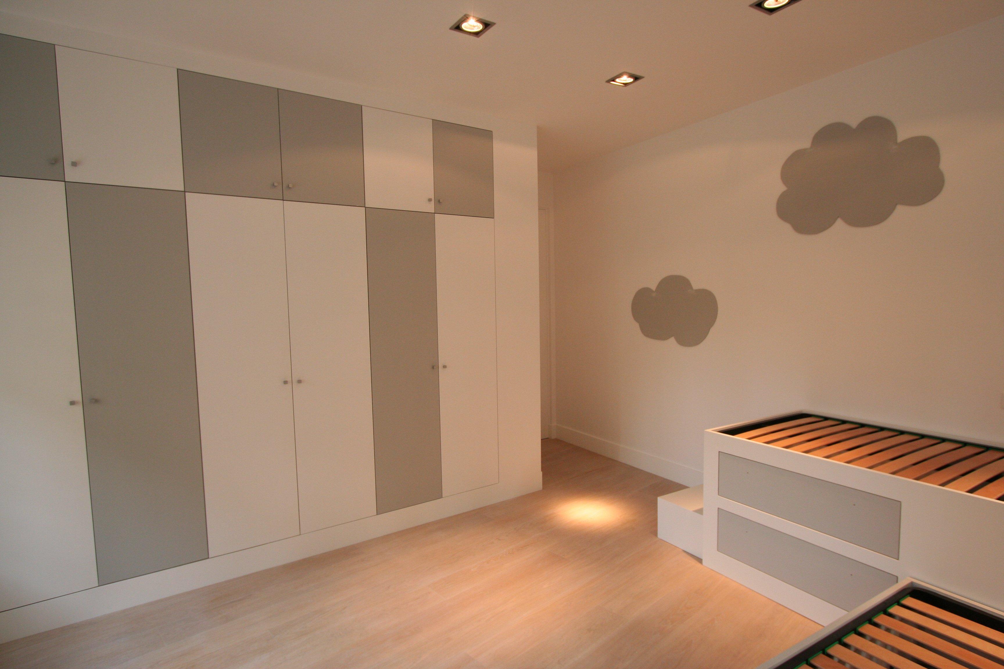Image camera da letto bimbi foto 5 armadio - Usato camera da letto ...